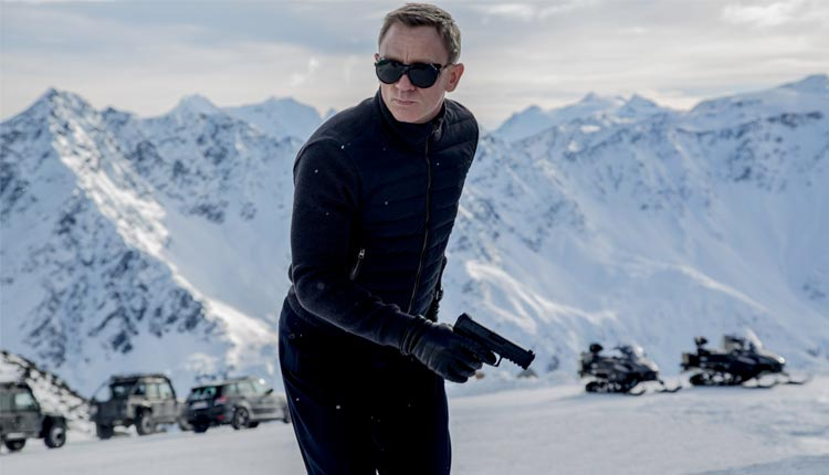 "Review: ""007 Contra Spectre"""